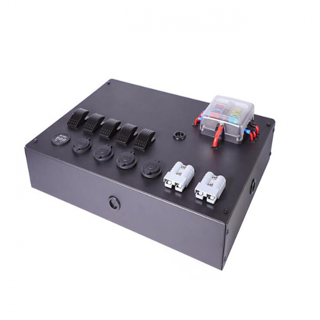Panel przełączników Box ALU, ON-OFFx5, 3xGZ, USB 3.1A, 1x Voltomierz 6 Bezpieczników IP68 - GRUBYGARAGE - Sklep Tuningowy